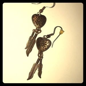 Vntg copper heart earrings